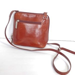 Hobo international vintage red leather crossbody